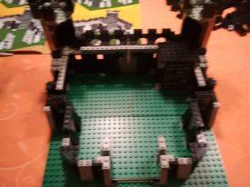 LEGO-Ritter-Schwarze-Drachenburg-6085-Ritterburg-Aufbau-3