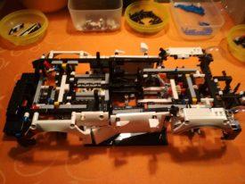 Lego-Technic-42096-Porsche-911-RSR-Aufbau-10