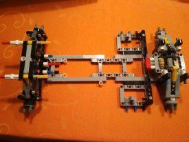 Lego-Technic-42096-Porsche-911-RSR-Aufbau-3
