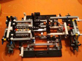 Lego-Technic-42096-Porsche-911-RSR-Aufbau-6