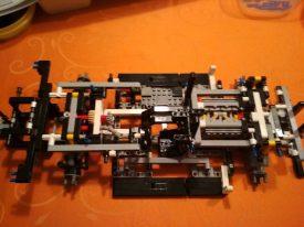 Lego-Technic-42096-Porsche-911-RSR-Aufbau-7