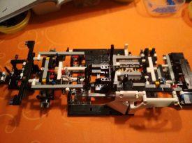 Lego-Technic-42096-Porsche-911-RSR-Aufbau-8