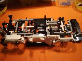 Lego-Technic-42096-Porsche-911-RSR-Aufbau-9