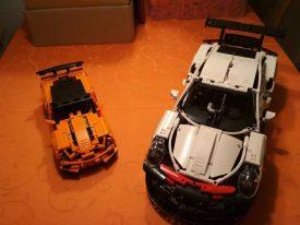 Lego Technic 42096 Porsche 911 RSR mit Chevrolet Corvette ZR1