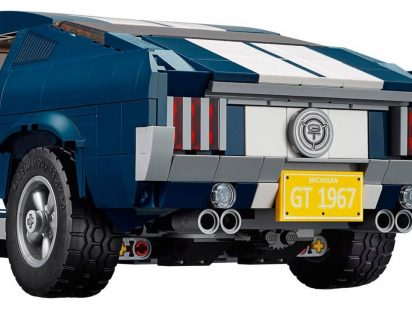 lego-ford-mustang-gt-10265-8