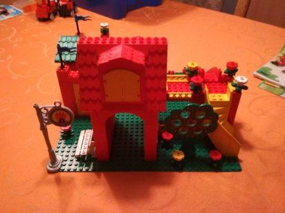 LEGO-Fabuland-Feuerwehr-3682-aufgebaut-2