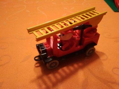 LEGO-Fabuland-Feuerwehr-3682-leiterwagen